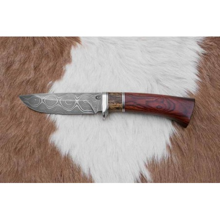 Lovecký nůž od nožíře p.Čurdy č.496