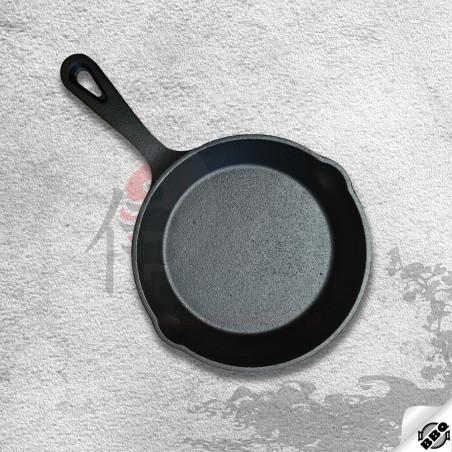 litinová pánev o průměru 19 cm pro dokonalé restování, smažení, pečení a dušení